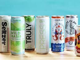 Así es Hard Seltzer, el refresco alcohólico que arrasa en EEUU y llega a  España - Libre Mercado